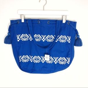 Hollister tote bag blue with Aztec pattern NWT